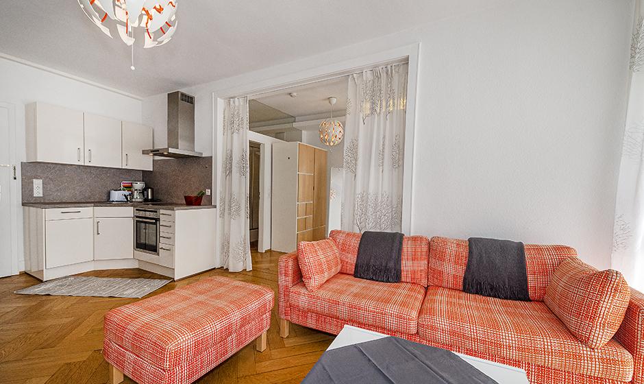 - Wohnbereich mit Küche
